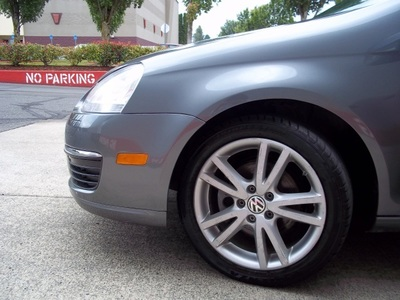 2006 Volkswagen Jetta TDI DIESEL GREAT FUEL ECONOMY Sedan