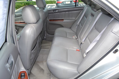 2005 Toyota Camry 4dr Sedan XLE Automatic