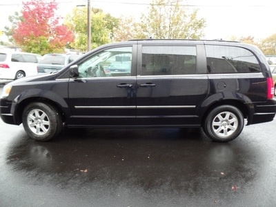 2010 Chrysler Town & Country TOURING PLUS LOADED ,NAV. Sedan