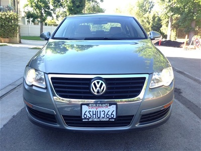 2006 Volkswagen Passat Value Edition Sedan