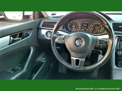 2013 Volkswagen Passat SE PZEV  LEATHER BLUETOOTH - in D Sedan