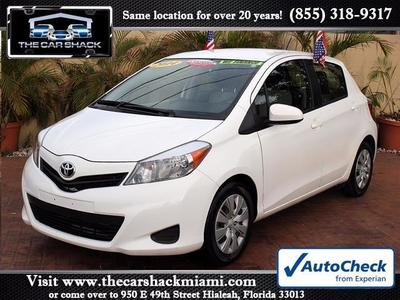 2014 Toyota Yaris 5-Door L Hatchback