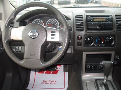 2009 Nissan Pathfinder 4WD 3RD ROW SEATING