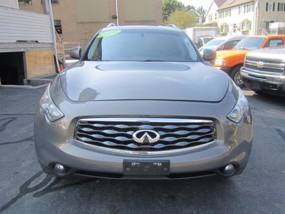 2009 INFINITI FX35 Leather, Sunroof, Backup Camera!