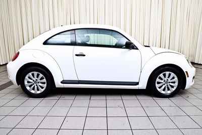 2013 Volkswagen Beetle Coupe 2.5L Entry
