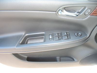 2011 Chevrolet Impala FRONT BUCKET SEATS
