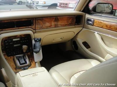 Exceptional ... 1996 Jaguar XJ8 Vanden Plas Sedan ...