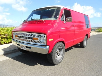 1973 Dodge tradesman B100 Sedan