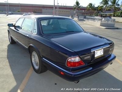 ... 2000 Jaguar XJ8 Vanden Plas Sedan ...