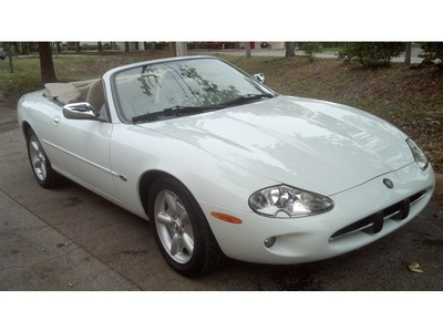 1999 Jaguar XK XK8 Convertible